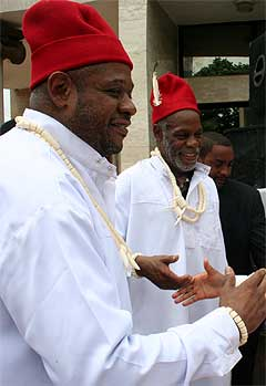 Forest Whittiker & Danny Glover pictured while celebrating chieftaincy title