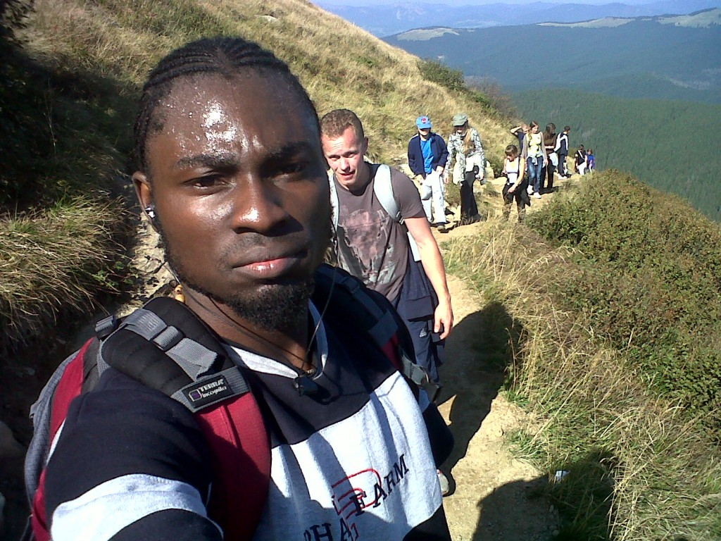 http://www.jaguda.com/wp-content/uploads/2011/09/1st-Nigerian-on-the-highest-mountain-1-1024x768.jpg