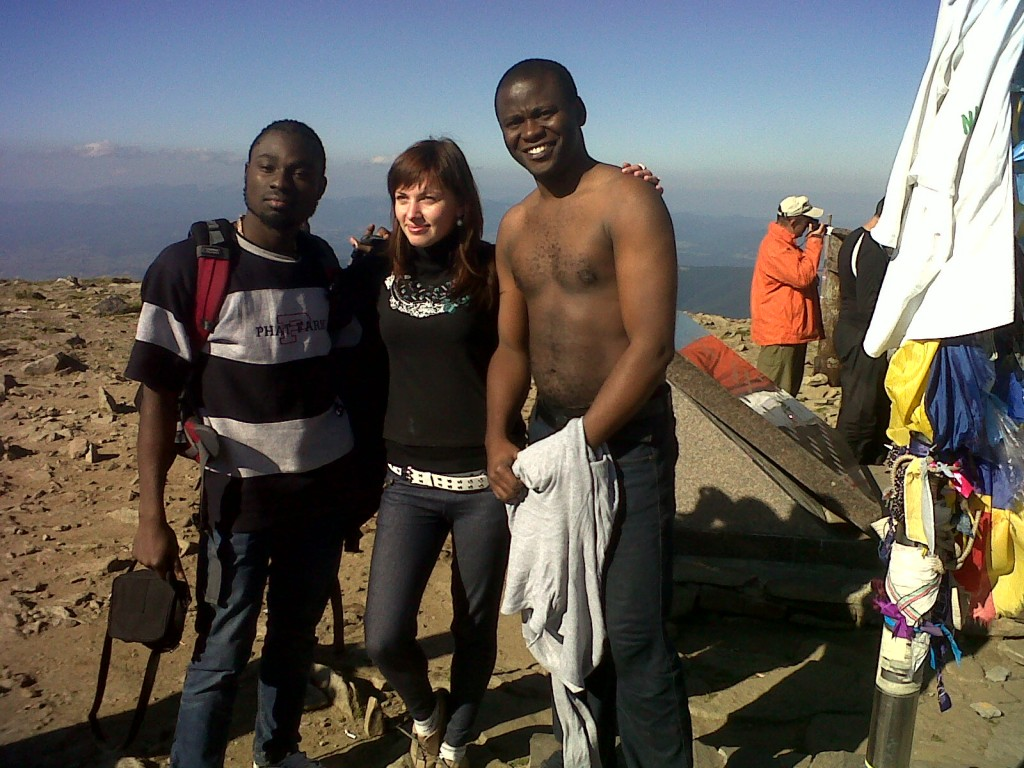 http://www.jaguda.com/wp-content/uploads/2011/09/1st-Nigerian-on-the-highest-mountain-2-1024x768.jpg