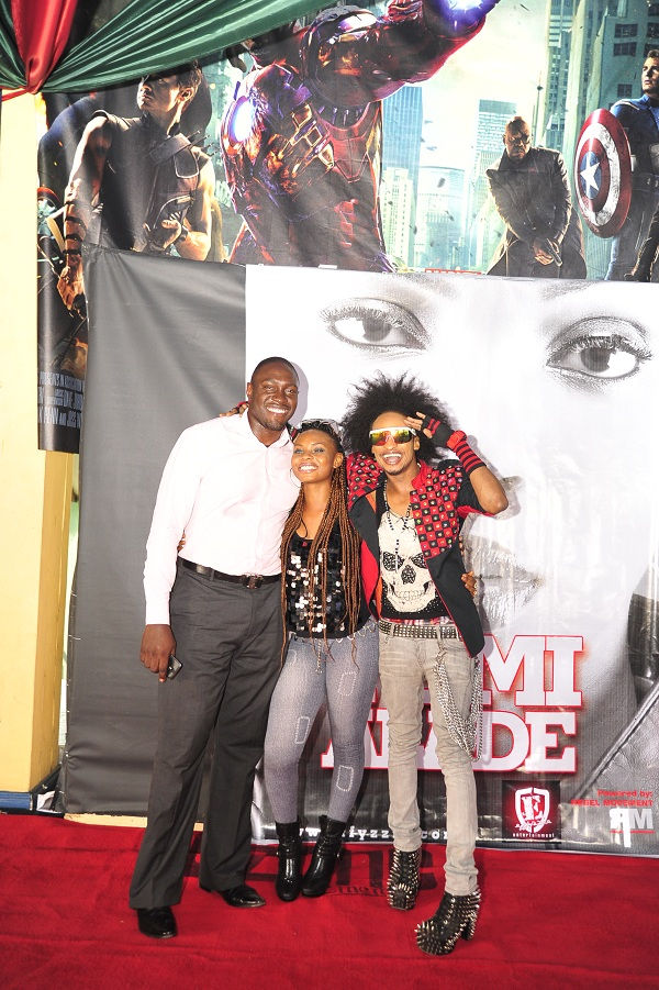 Yemi Alade, Denrele and Guest