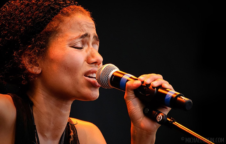 nneka, summerjam, red stage, reggae, hip hop, afro beat, soul
