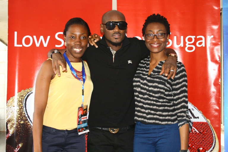 2face with guests