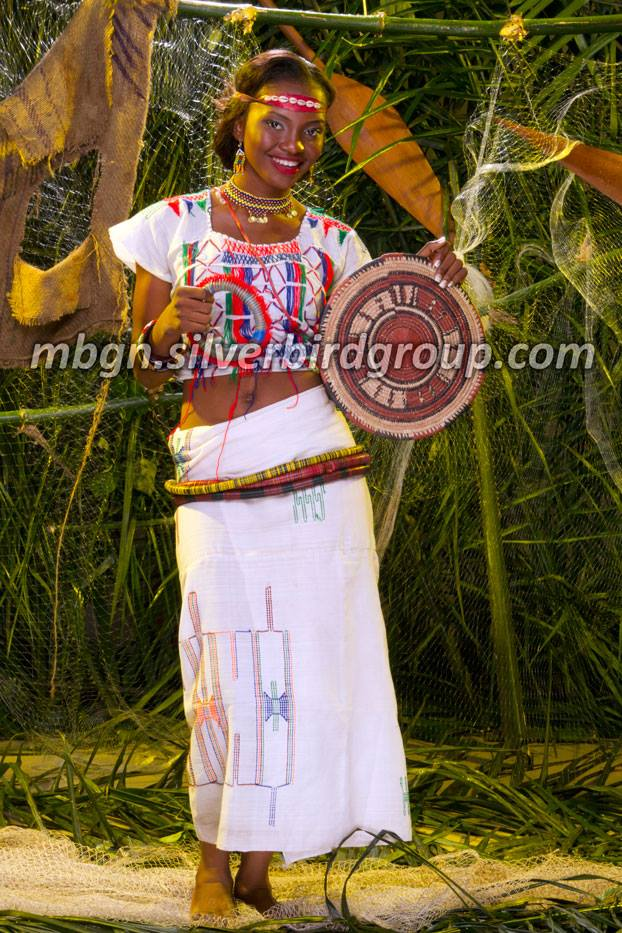 MBGN-2013-Traditional-Attire-Jaguda-Miss-Katsina