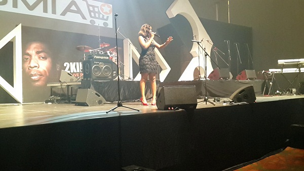 Yemi Alade Performing at 2Kings  2 jpg