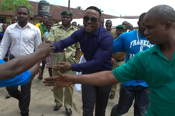 Iyanya exiting 3