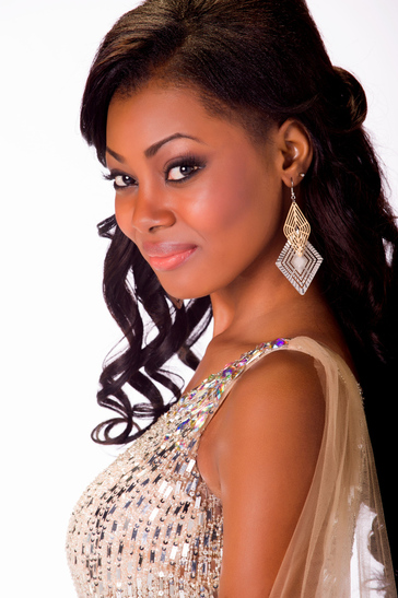 Miss-Universe-Miss-Gabon-October-2013-Jaguda2