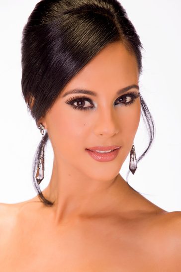 Miss-Universe-Miss-South-Africa-October-2013-Jaguda2