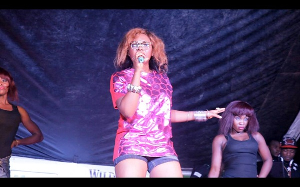 Yemi Alade at The Beat Naija NYSC Concert
