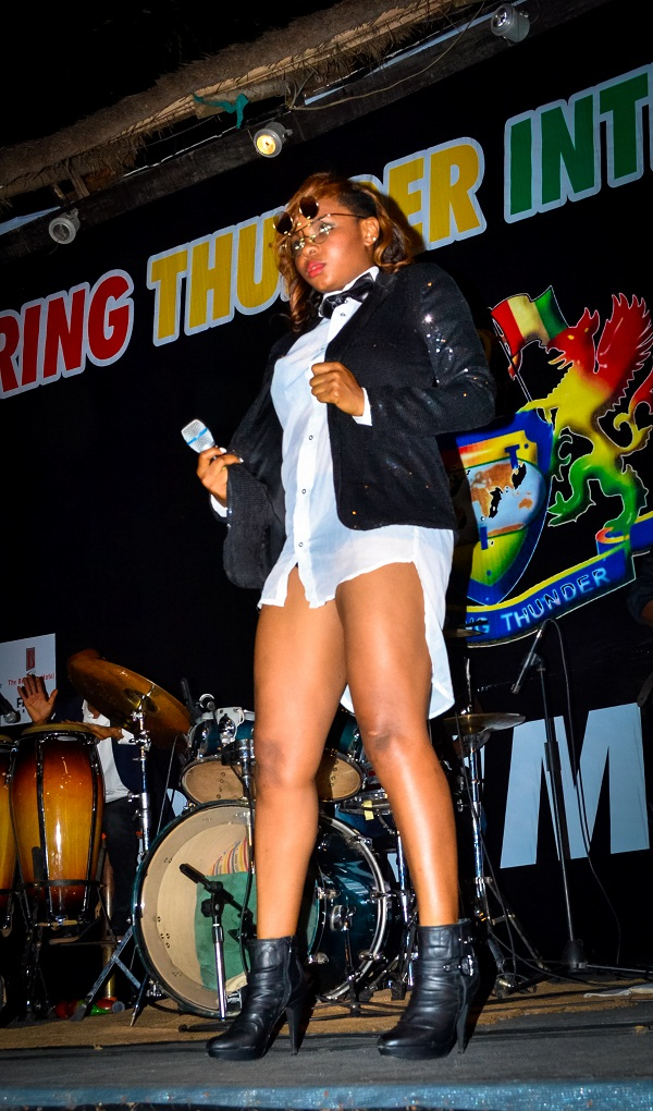 Yemi Alade stage