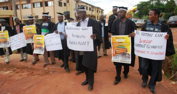 pic.-3.-peaceful-protest-on-asuu-strike-in-enugu2-620x330