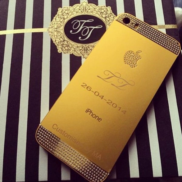 Tiwa-Tee-Billz-Custom-iPhone-600x600