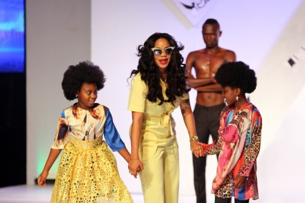 2014-Africa-Fashion-Week-Nigeria-Elegante-by-TiannahStyling-May-2014-BellaNaija.com-01050-600x399