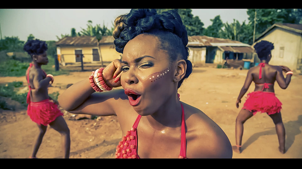 Yemi Alade - Johnny [Screenshot]