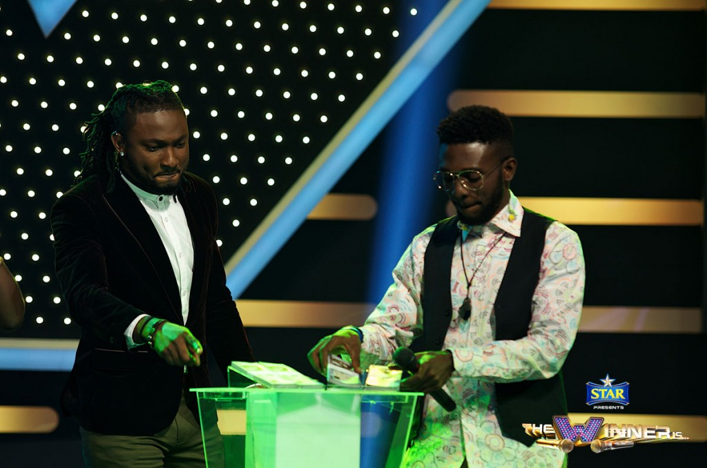 CHIZE WALKS AWAY WITH 400,000 NAIRA