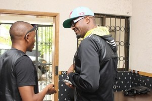 JimmyJatt speaking with a crew member