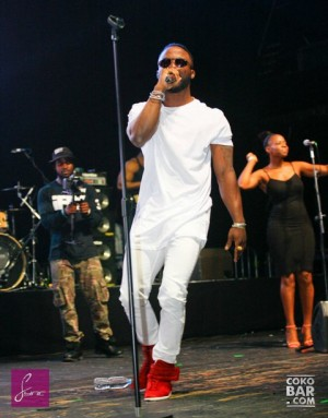_MG_9076 Iyanya LIVE IN CONCERT_CokoBar_25Aug2014_Sync MEDIA HOUSE