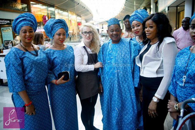 _MG_0675 Alaafin of Oyo_Oba Lamidi Olayiwola  Wives_Westfield London 3Sep14
